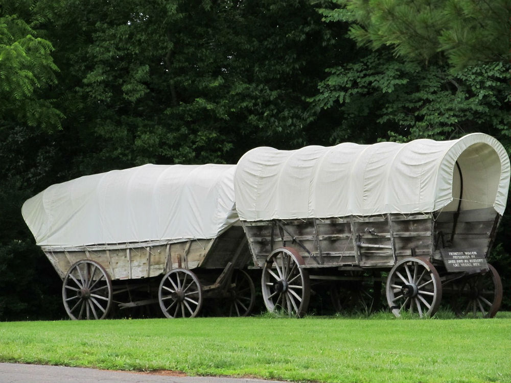 covered-wagons2