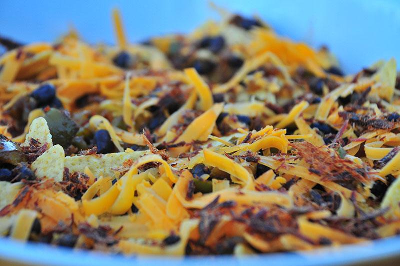 jerky-nachos-layering